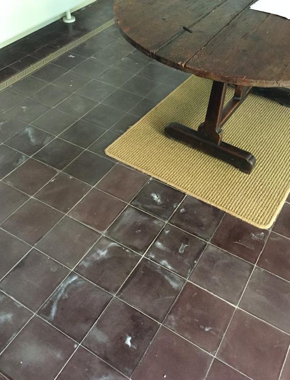 traces de sels au sol et sur les bas de murs traitement humidit axe assechement. Black Bedroom Furniture Sets. Home Design Ideas