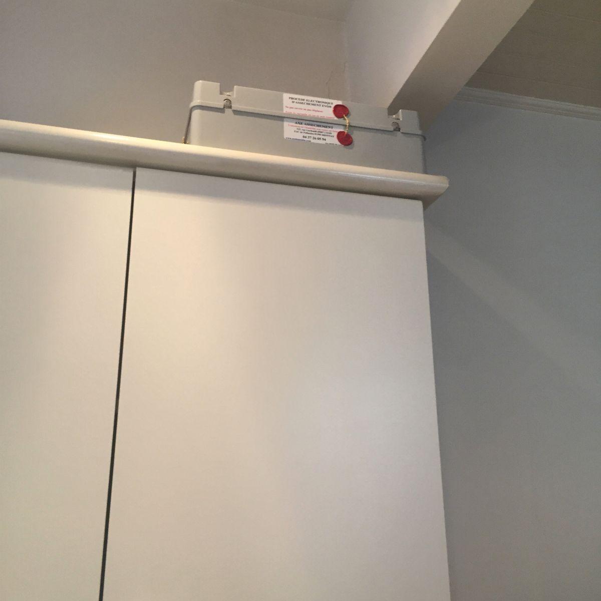 le syst me lectromagn tique solution contre l humidit ascensionnelle traitement humidit. Black Bedroom Furniture Sets. Home Design Ideas